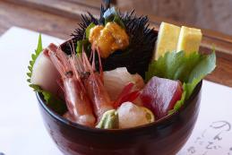 #45-能登海鮮丼